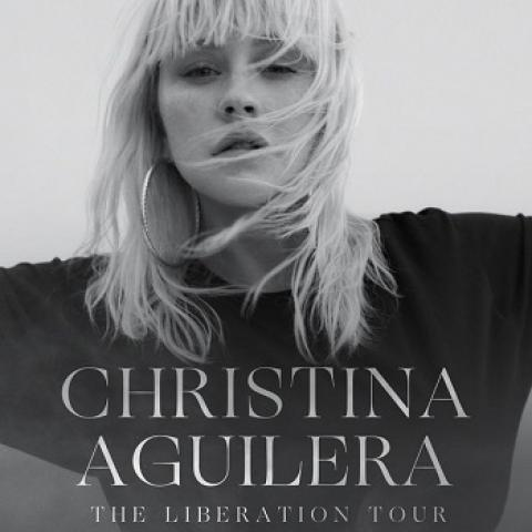 Christina AGUILERA in Concert in Oakland Paramount Theatre October 22 8pm